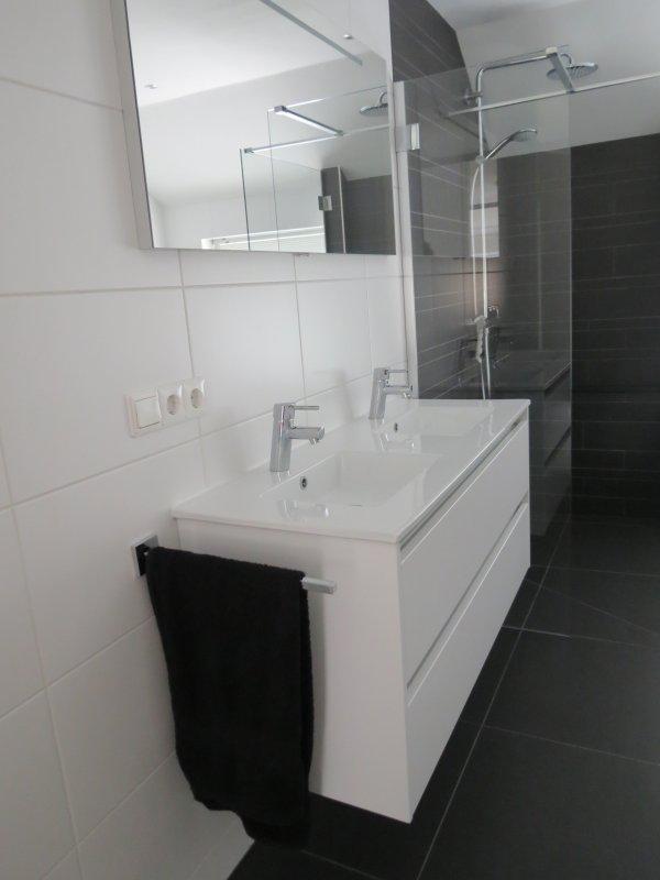 Badkamer en toilet renovatie Haren | TIB totaal-installateurs Haren